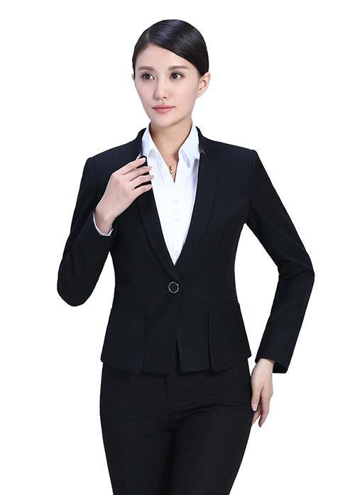 定制礼服的注意事项有哪些呢?